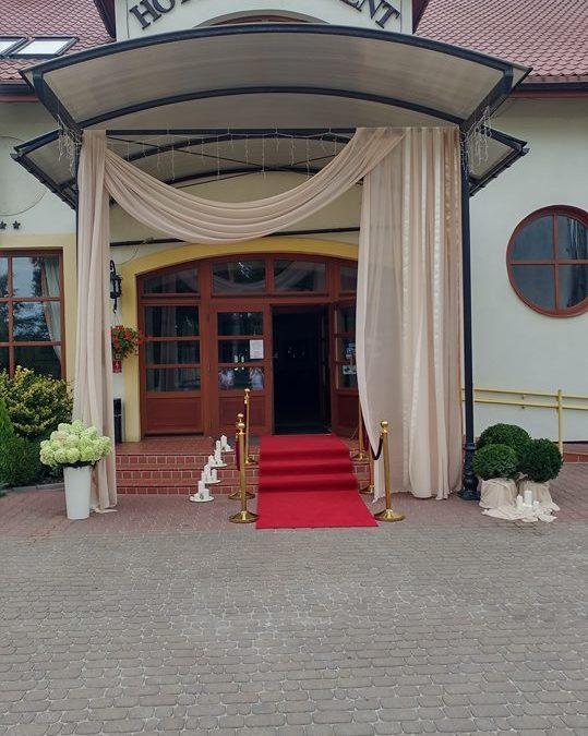 18-21.08 Hotel i Restauracja nieczynne